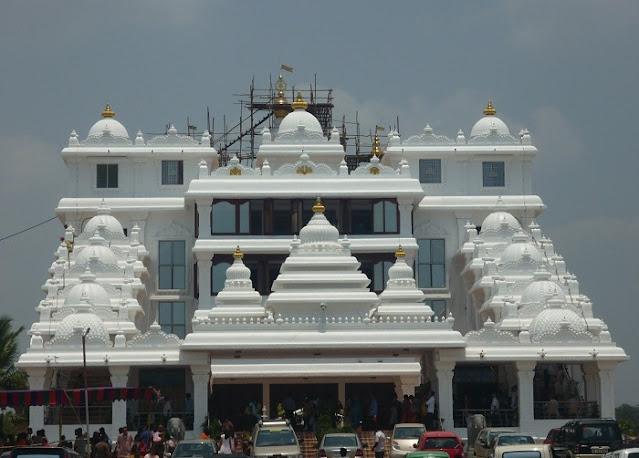 ISKCON Temple, Best Places to Visit in Delhi