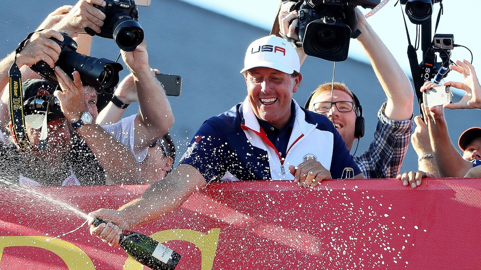 PHIL MICKELSON 3