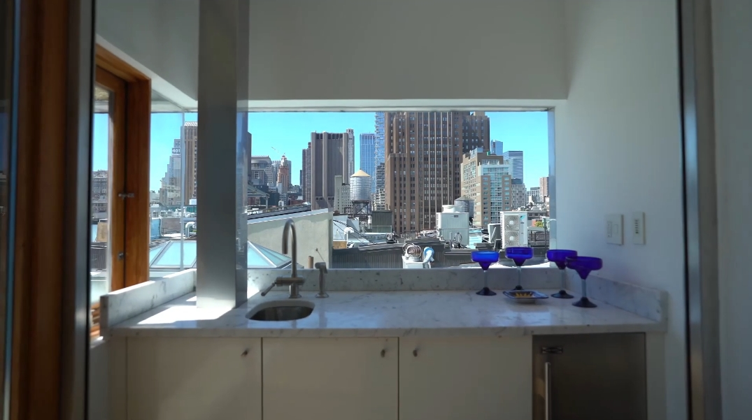 29 Interior Design Photos vs. 45 Greene St #6, New York, NY Luxury Penthouse Tour