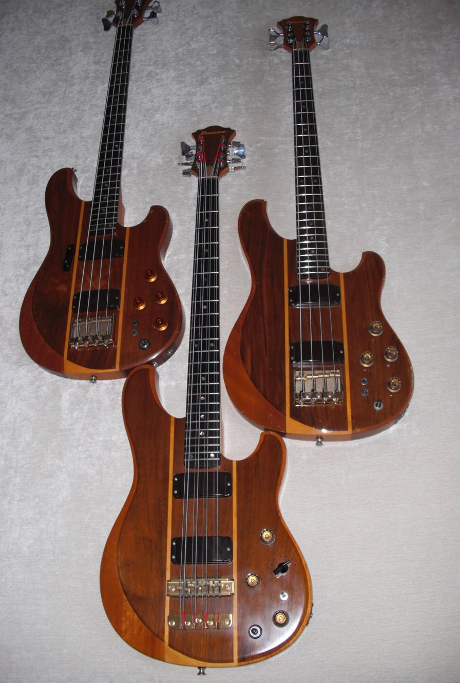 flat eric 39 s bass guitar collection ibanez st 980 8 string and st 824 studio basses. Black Bedroom Furniture Sets. Home Design Ideas