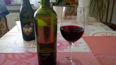 Rosso Toscana, IGT, 14 grados, Montorso vic, delante