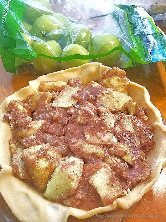 Homemade Apple Pie | What's Cookin' Italian Style Cuisine