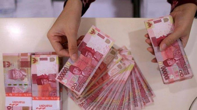 Kabar Gembira! Pemerintah Janjikan Bansos Rp 500 Ribu per Kepala Keluarga di Indonesia