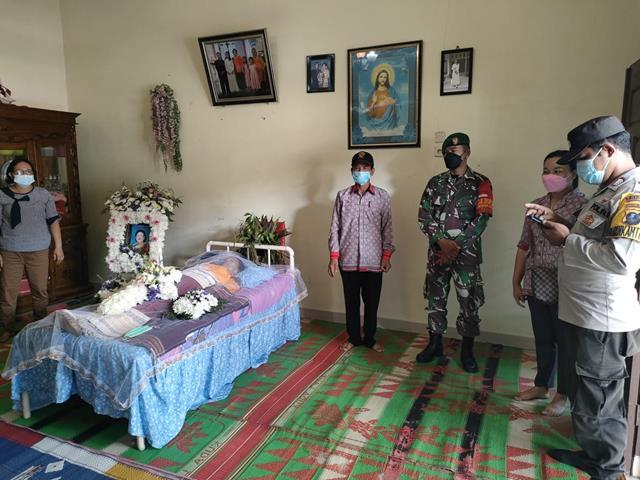 Personel Jajaran Kodim 0207/Simalungun Laksanakan PPKM Micro Dirumah Duka Warga Binaan