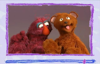 And finally Telly and Baby Bear wave goodbye with using their hands. Sesame Street Elmo's World Hands Video E-Mail