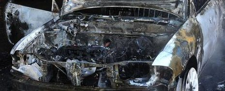 Θεσπρωτία: Δεν έμεινε τίποτε από το αυτοκίνητο, που έπιασε φωτιά στην Εγνατία, κινούμενο από Ηγ/τσα προς Γιάννινα