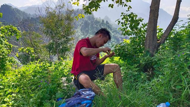 Puncak Gunung Kandaga