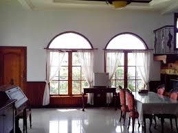 Herga dan Fasilitas Kamar Guest House Djojonegoro di Semarang