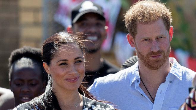 El Príncipe Harry y Meghan Markle ya no usarán el sello de la casa real