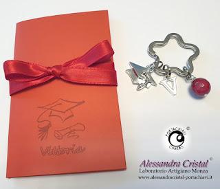 regalo laurea personalizzato portachiavi