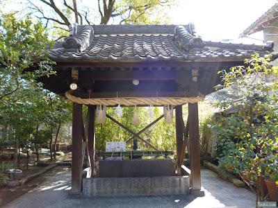 豊崎神社手水舎