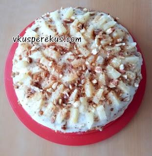 торт с ананасом и грильяжем