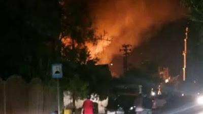 Api Melalap Delapan Rumah di Desa Patila