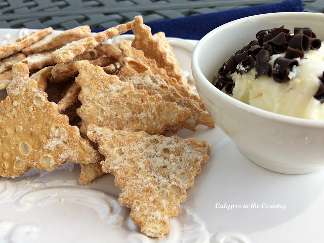Cannoli Chips and Dip for Parties