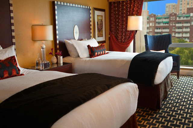Tops among hotels in Cambridge Ma, Kimpton Marlowe offers guests vibrant accommodations, outstanding amenities and an ideal downtown location.
