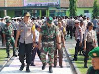 Polres Pinrang Bersama Kodim 1404 Pinrang Gelar Apel Kesiapan Jelang Pelantikan Presiden dan Wakil Presiden