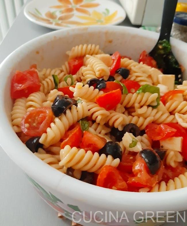 ricetta estate pasta pomodori
