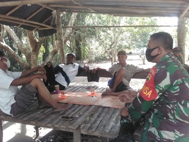 Tingkatkan Sinergitas, Personel Jajaran Kodim 0207/Simalungun  Laksanakan Komsos Bersama Mitra Kerja di Wilayah