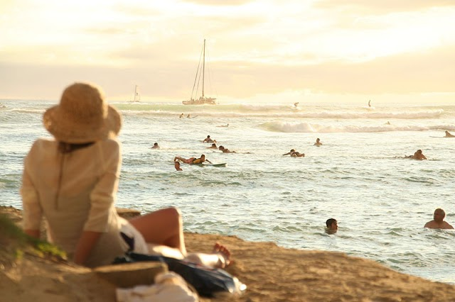 10 beaches must visit when traveling to Hawaii