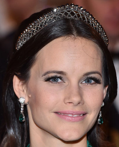 Tiara mania swedish cut steel bandeau - Princesse sofya ...