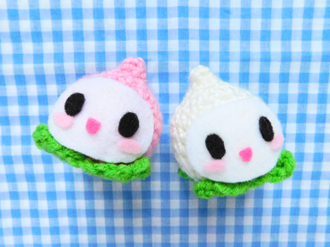 Pachimari Plush Crochet Pattern