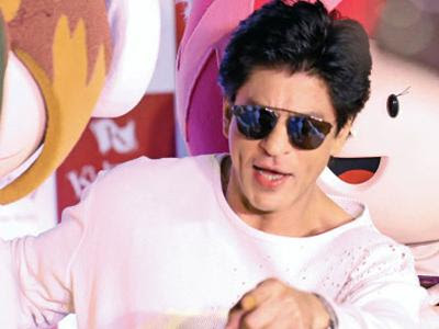 telecom-war-spills-over-to-twitter-with-srk-in-centrestage
