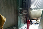 Bình Dương: Nghi áห người phụ nữ bị chủ nợ hành hung, tưới xăng đốт nhà