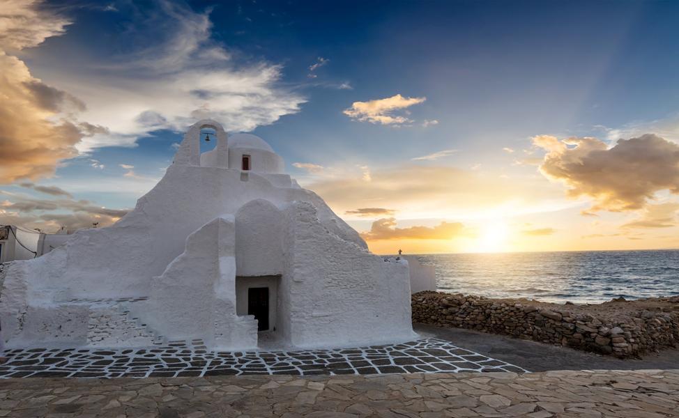 Θεοχάρης: «Ο τουρισμός ανοίγει με ασφάλεια και ισορροπία στις 14 Μαΐου»