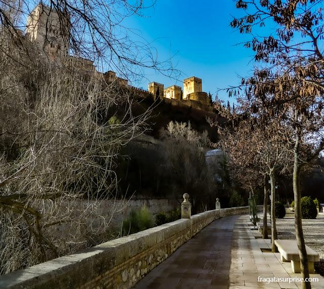 Granada, Andaluzia - Paseo de los Tristes