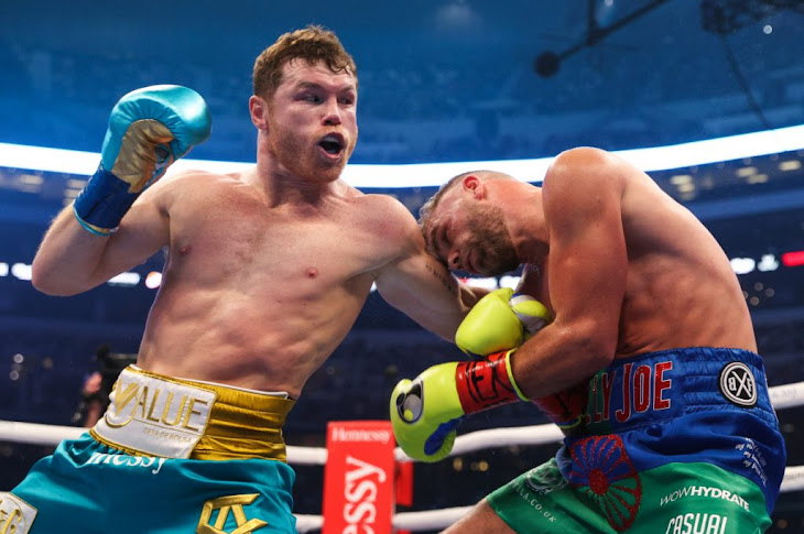 Canelo Alvarez Scores TKO Win Over Saunders