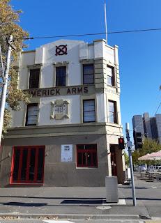 Limerick Arms Hotel cnr Clarendon & Park St