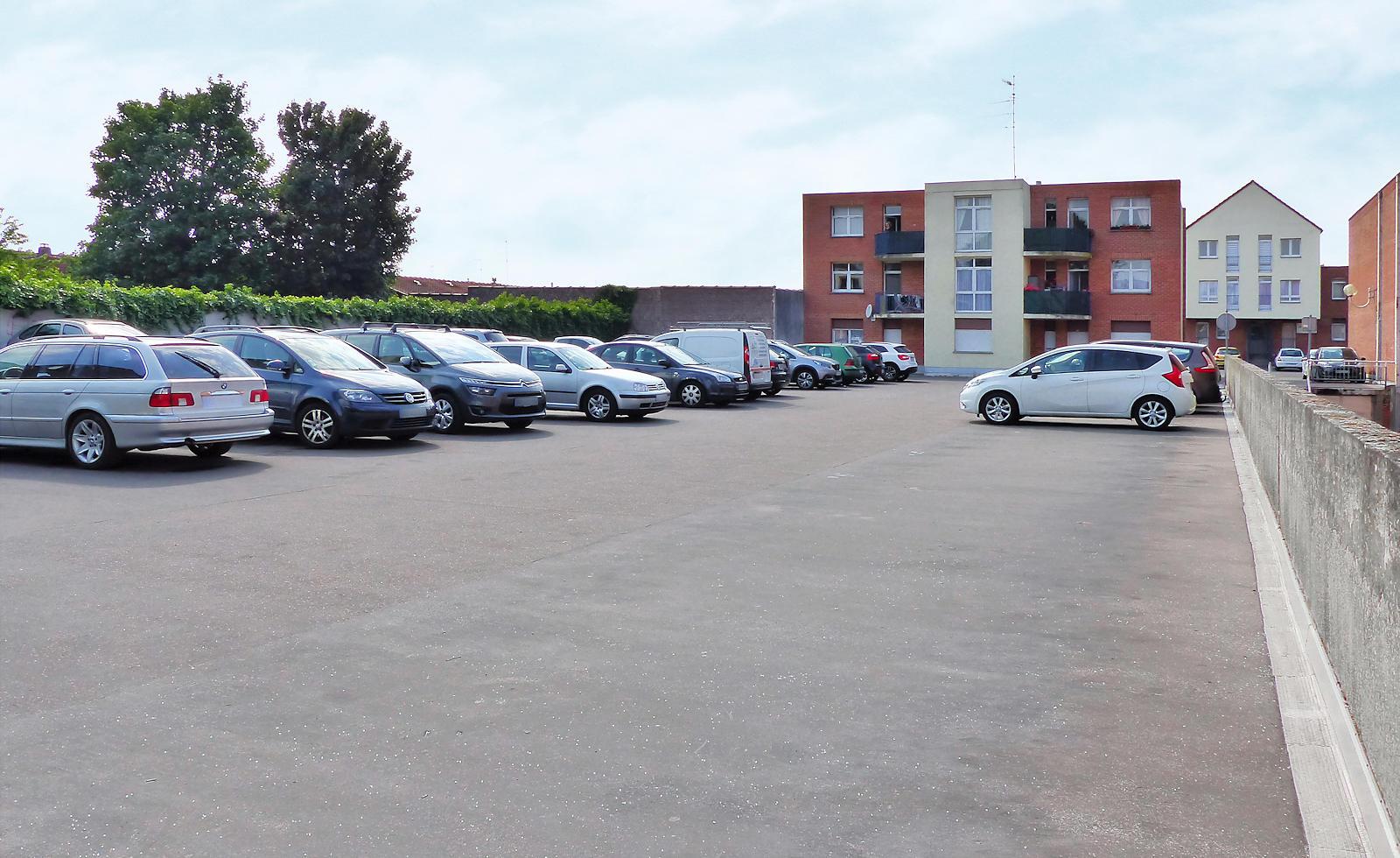 Résidence HLM Marot, Tourcoing - Parking