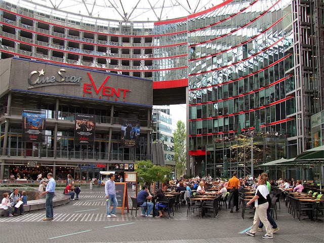 Sony Center Central Forum, Potsdamer Platz, Berlin