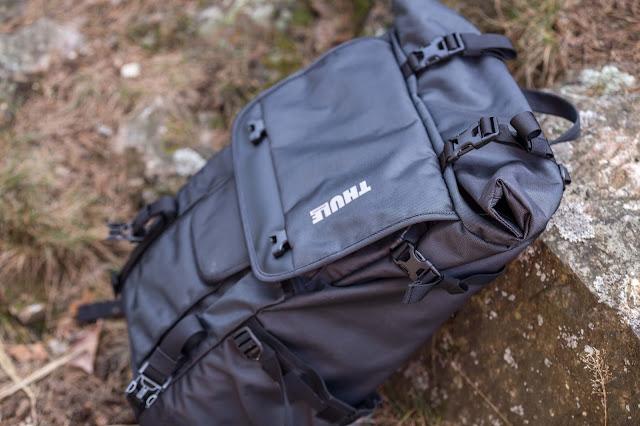 Thule Covert DSLR Rolltop Backpack Fotorucksack 07
