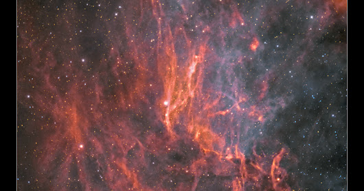 The sky on fire, filaments of the Western cygnus