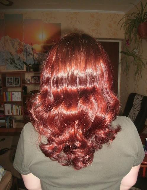 Stylizacja włosów kręconych - W jaki sposób układać włosy falowane i puszące się - bez żelu i ugniatania :)