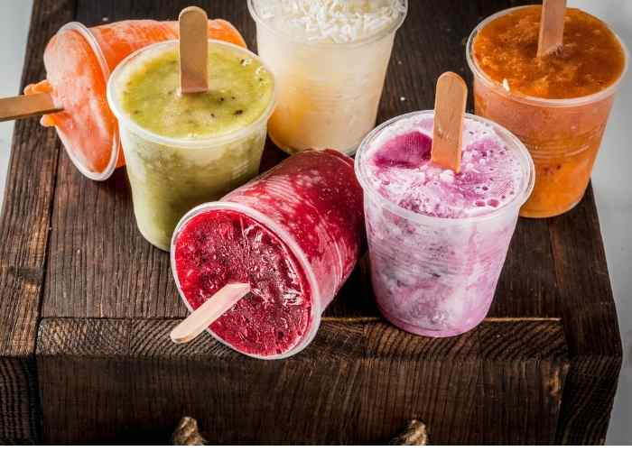 How to Make Boozy Popsicles With Juice