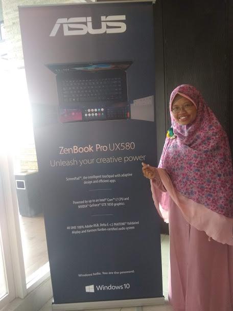 banner ASUS ZenBook Pro 15 UX580
