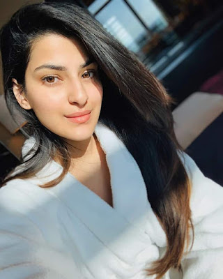 Sanjana Banerjee new hot images