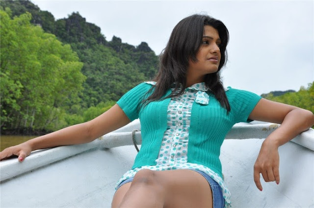 Telugu Actress Tashu Kaushik Hot Stills Actress Trend
