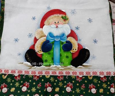pano de copa com pintura natalina papai noel e presente