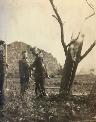 1918 photo shows US Army general firing fireworks rocket to signal end of World War One