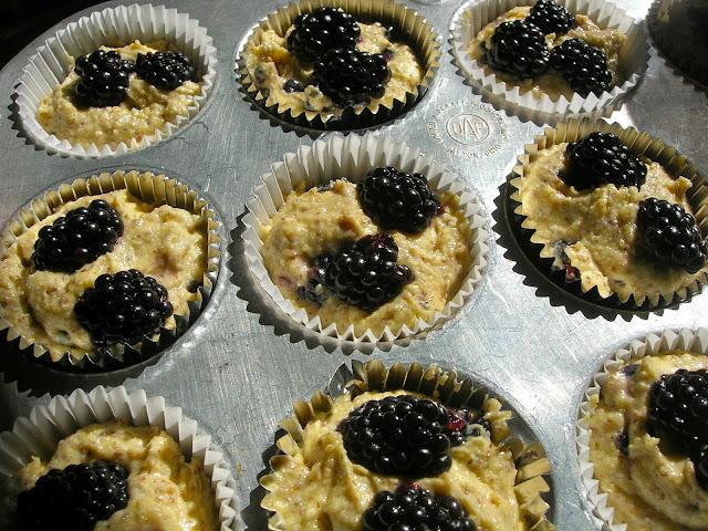 My Little Bungalow: Blackberry Corn Muffins