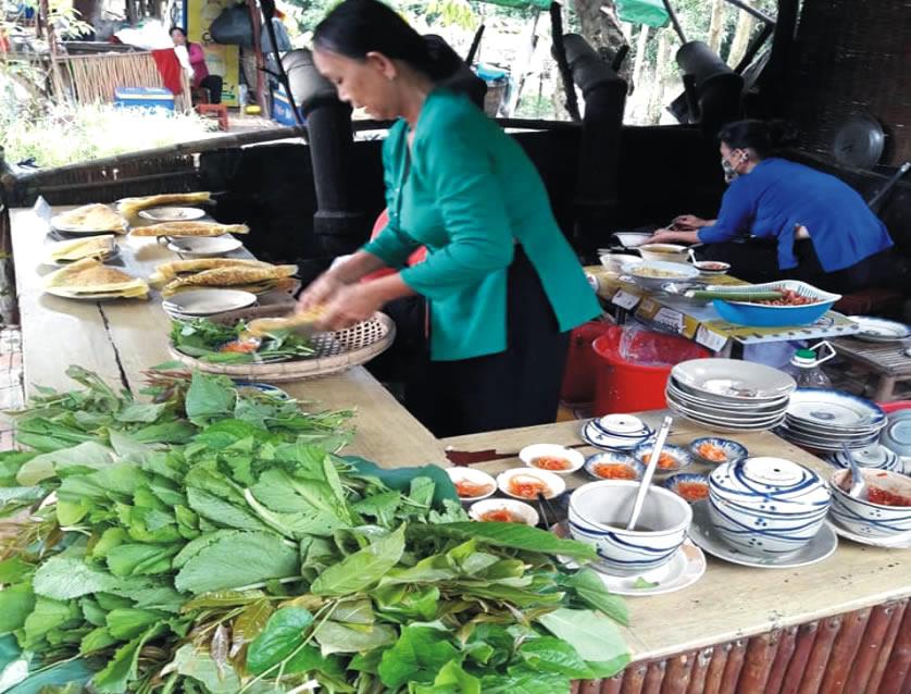 khu ẩm thực Gáo Giồng - Tour du lịch miền tây 3 ngày 2 đêm