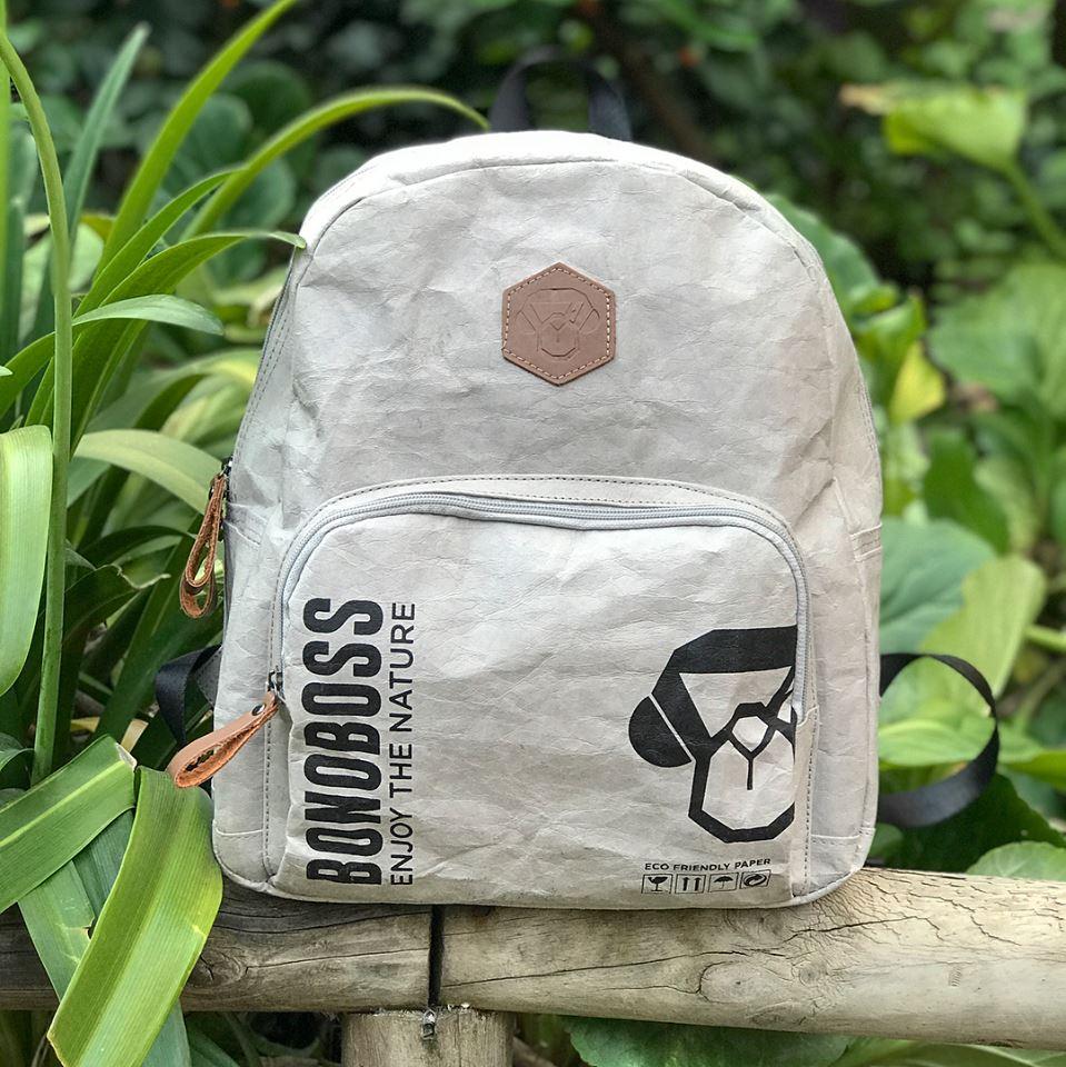 Bonoboss presenta sus mochilas y bolsos de papel ecológico   Quinta ...