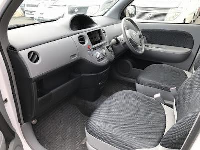 2005 Toyota Sienta