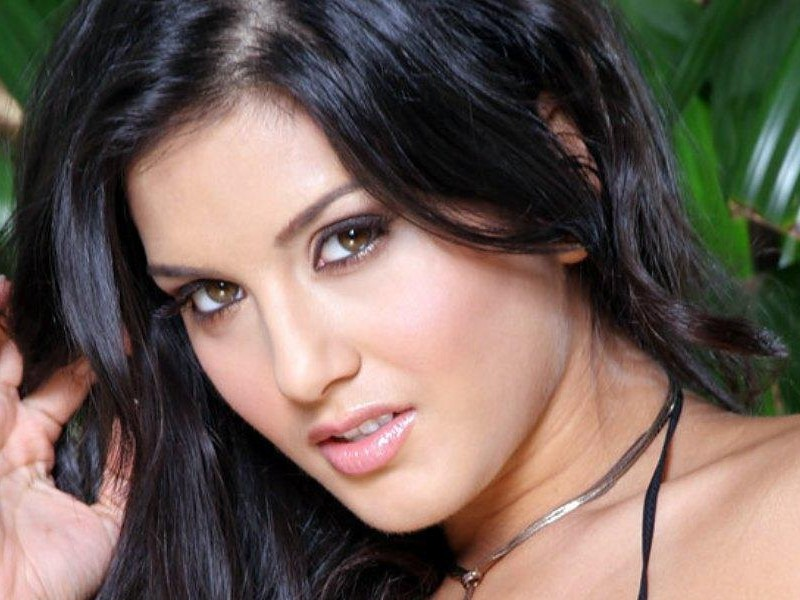 Sunny Leone Hd Wallpapers ~ WALL PC