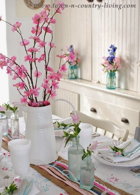 dining table decor, decor, vase, setting the table,ideas