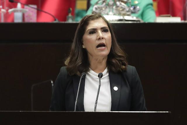 """Compra de refinería Deer Park """"es un mal negocio, desde cualquier ángulo"""": Ángeles Ayala"""