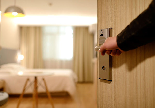61 Clever Hospitality Blog Names